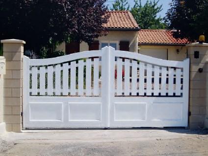 Portail et clôtures PVC Toulon Fréjus Brignoles